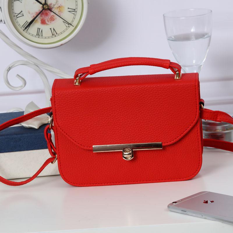 Жіноча сумочка червона 550