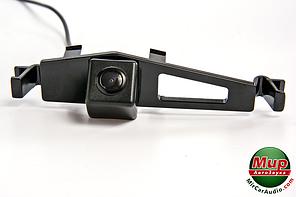 Камера заднего вида Fighter CS-HCCD + FM-93 (BYD)