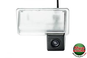 Камера заднего вида Phantom CA-35 + FM-94 (BYD)