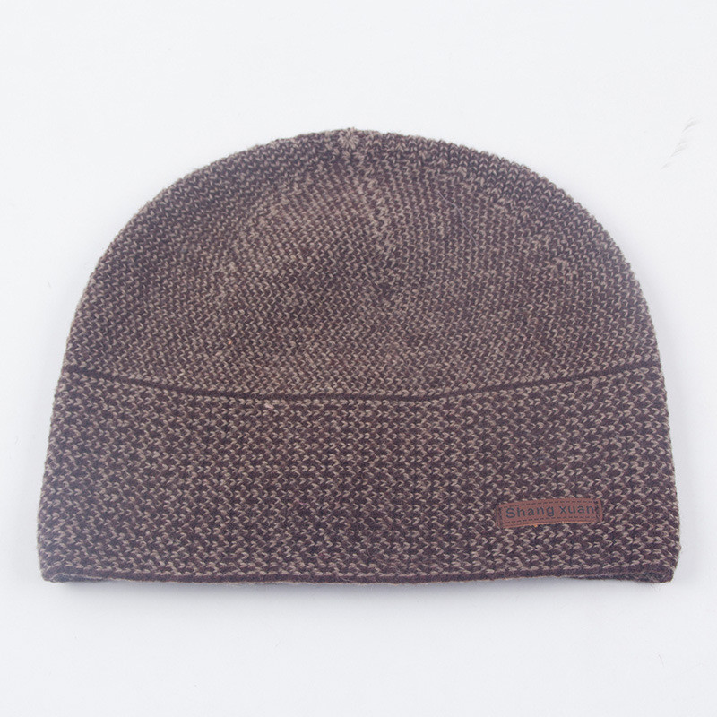 Мужская шапка весна/осень коричневая