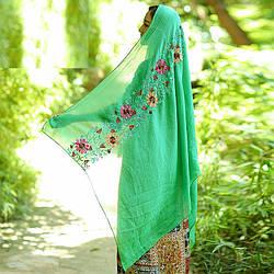 Шарф женский большой однотонный зеленый с вышивкой