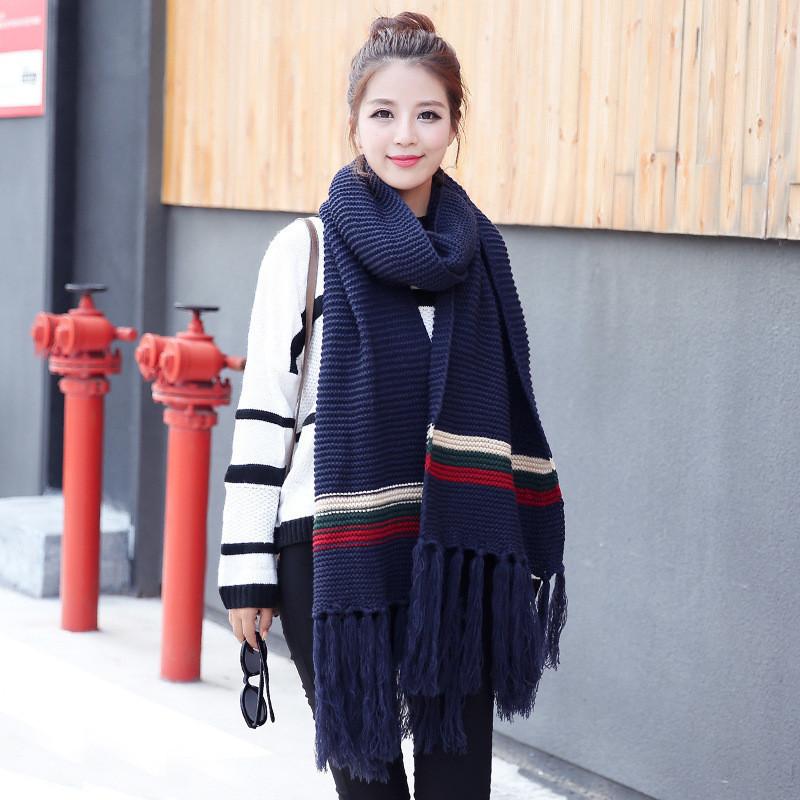 Вязаный большой женский шарф синий с полоской опт
