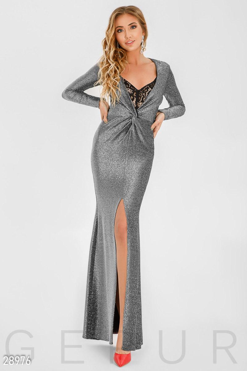 Серое блестящее платье в пол с оригинальным вырезом