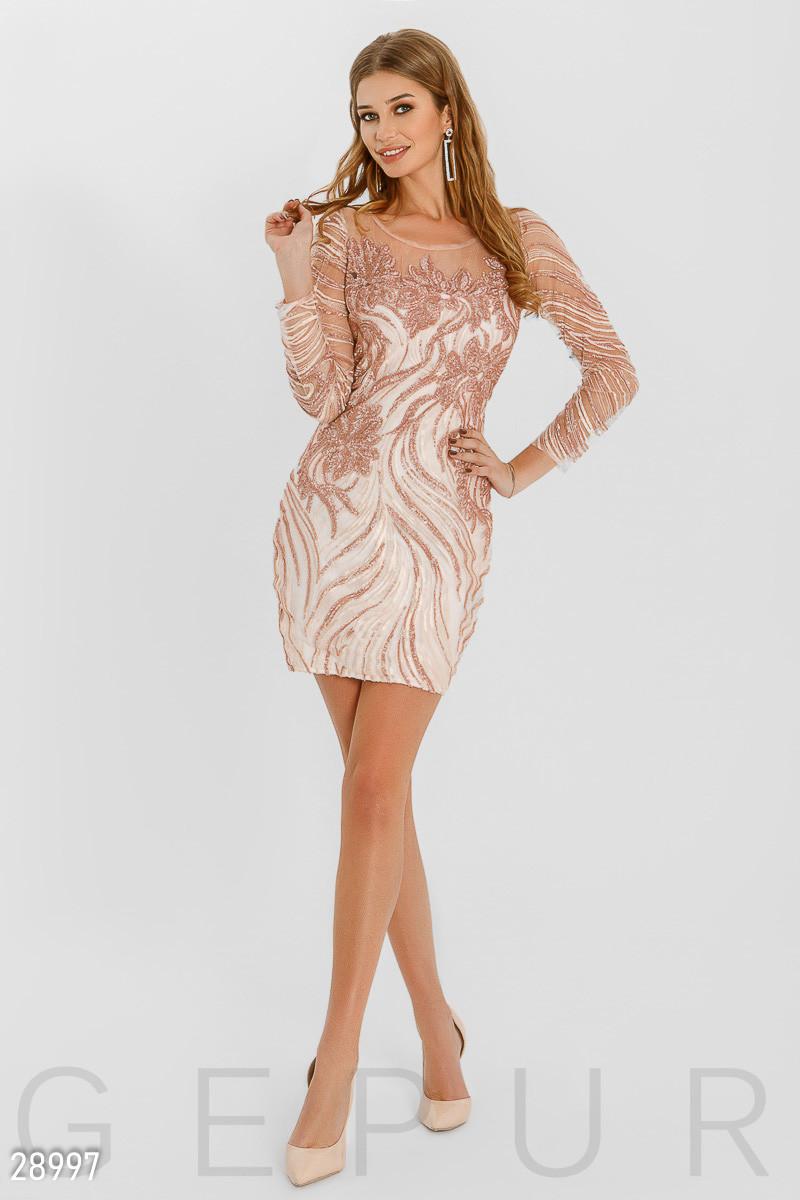 Розовое платье мини с пайетками