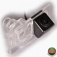Камера заднего вида IL Trade 12-2222 Hyundai / Kia