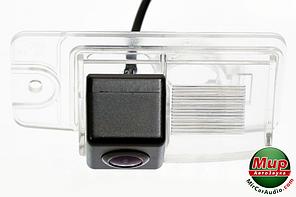 Камера заднего вида Fighter CS-CCD + FM-56 (Nissan)