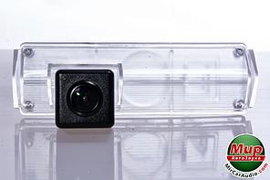 Камера заднего вида Fighter CS-HCCD + FM-39 (Mitsubishi/Lexus)