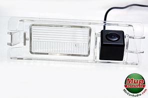 Камера заднего вида Fighter CS-HCCD + FM-55 (Nissan)