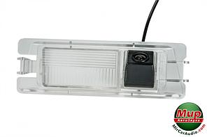 Камера заднего вида Phantom CA-35 + FM-55 (Nissan)