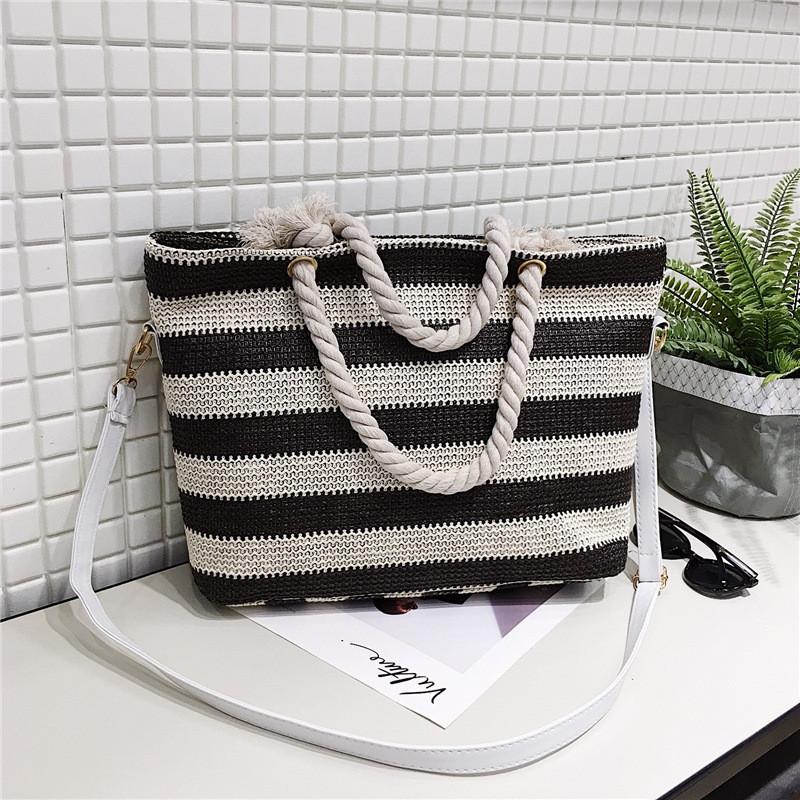 Женская сумка пляжная в коричневую полоску с ручкой в виде канатной верёвки