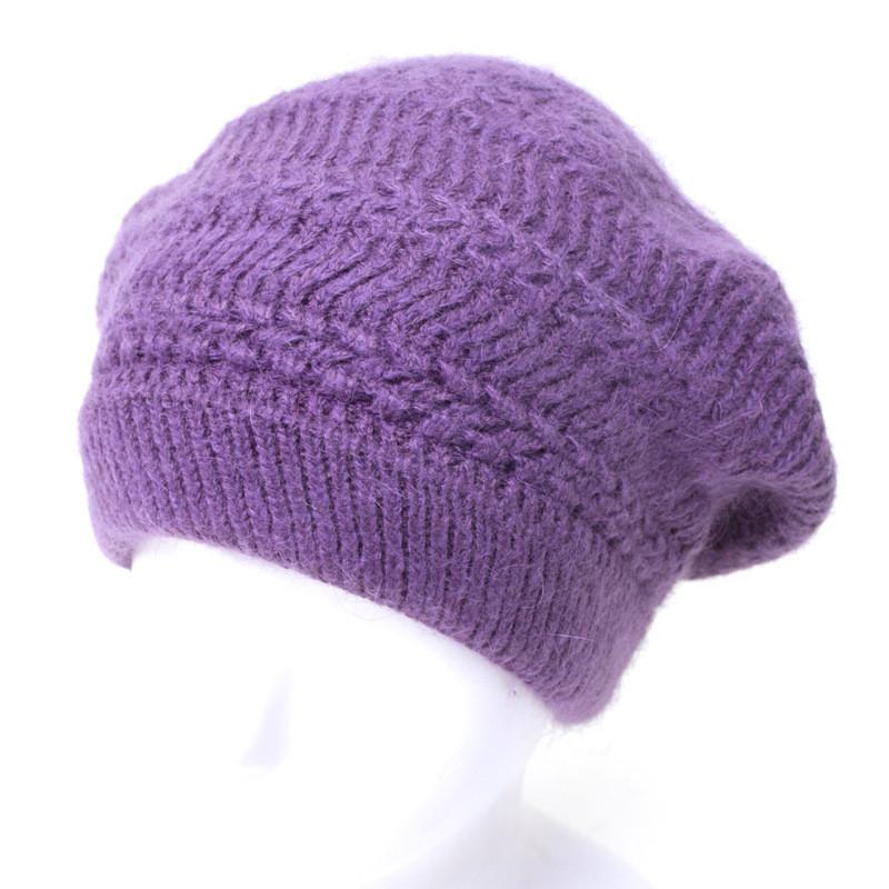 Женский берет с однотонными узорами фиолетовый
