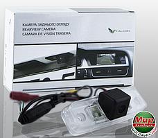 Камера заднего вида Falcon SC16HCCD (Subaru Forester, Toyota Prado 150)