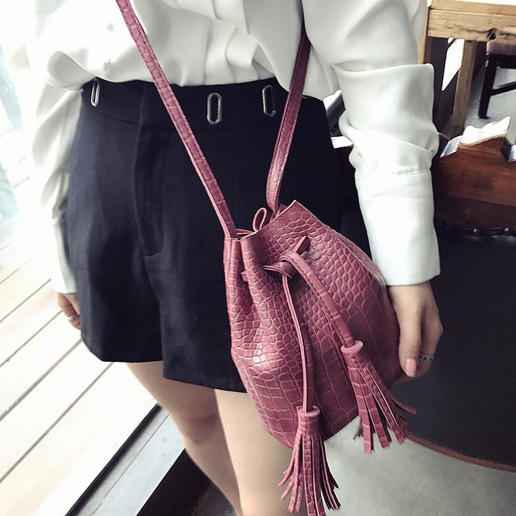 Женская сумочка мешочек маленькая бордовая