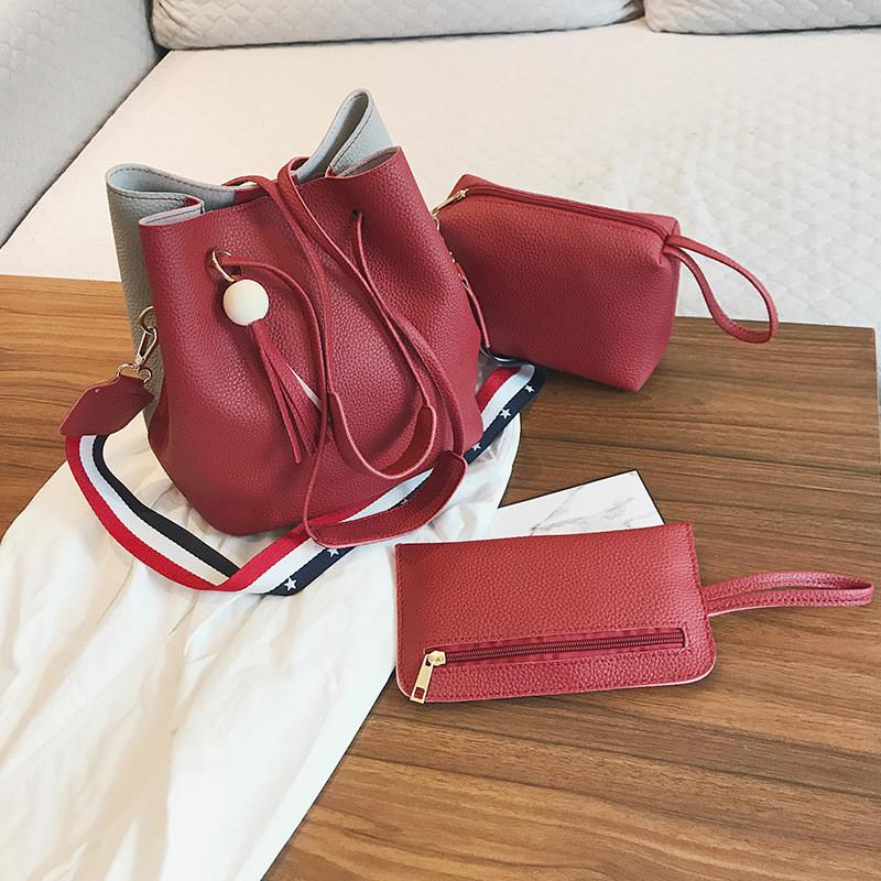 Женская сумка с кисточкой красная набор 3в1