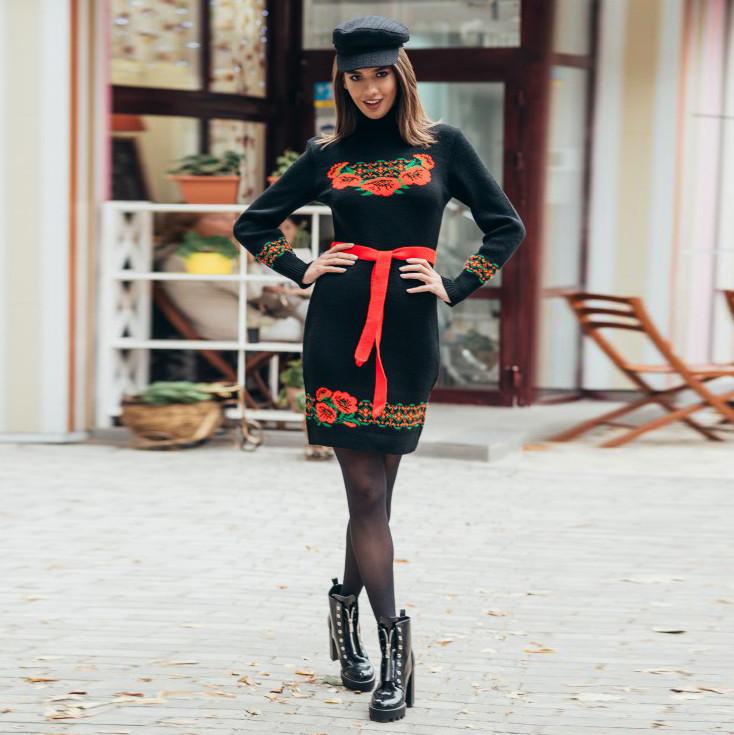Вязаное платье Веночек черное с маками