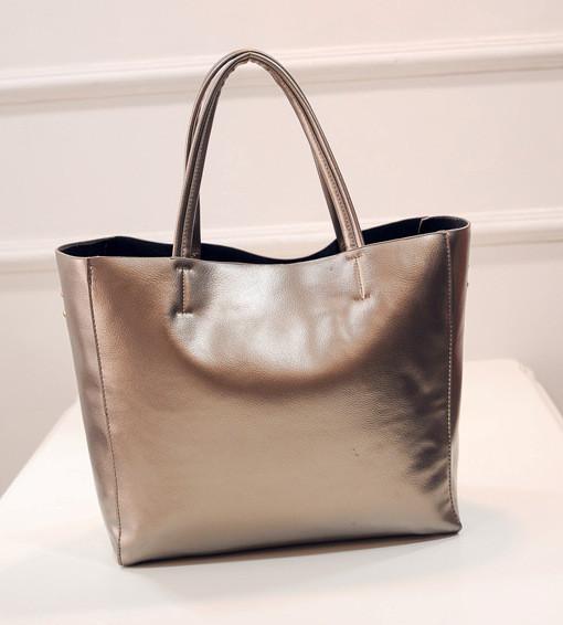 Женская сумка с ручками вместительная золотистая