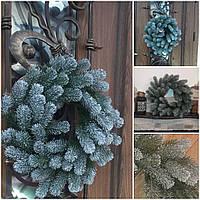 Пышный рождественский веночек, заснеженные веточки зеленой ели, 40-45 см., 290/260 (цена за 1 шт. + 30 гр), фото 1