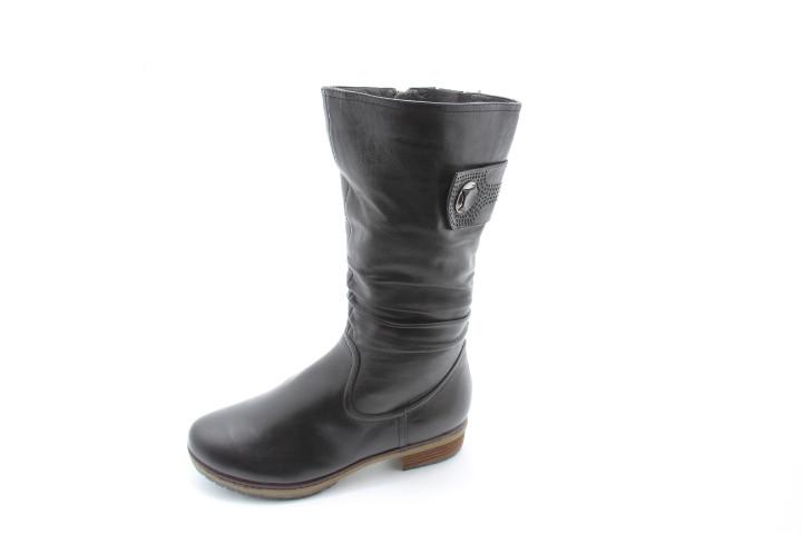 Зимние ботинки на низком каблуке M1201