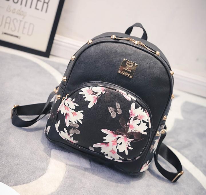 Рюкзак женский из кожзама Flowers Черный
