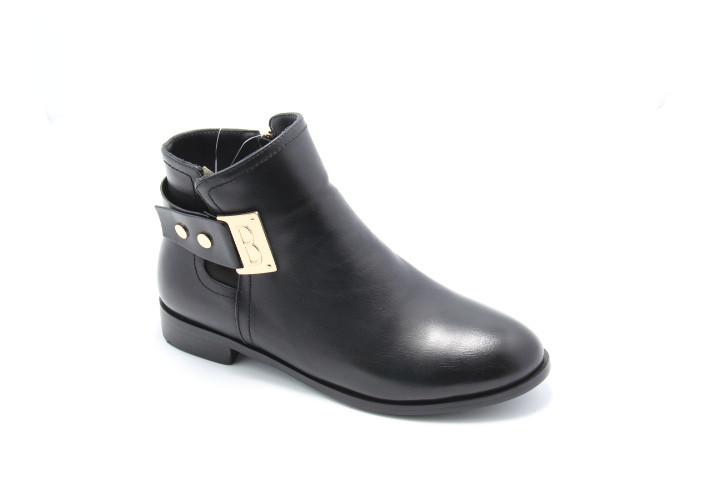 Осенние ботинки  на широком каблуке HG15