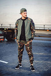 Особенности повседневных камуфляжных кителей, штанов, курток