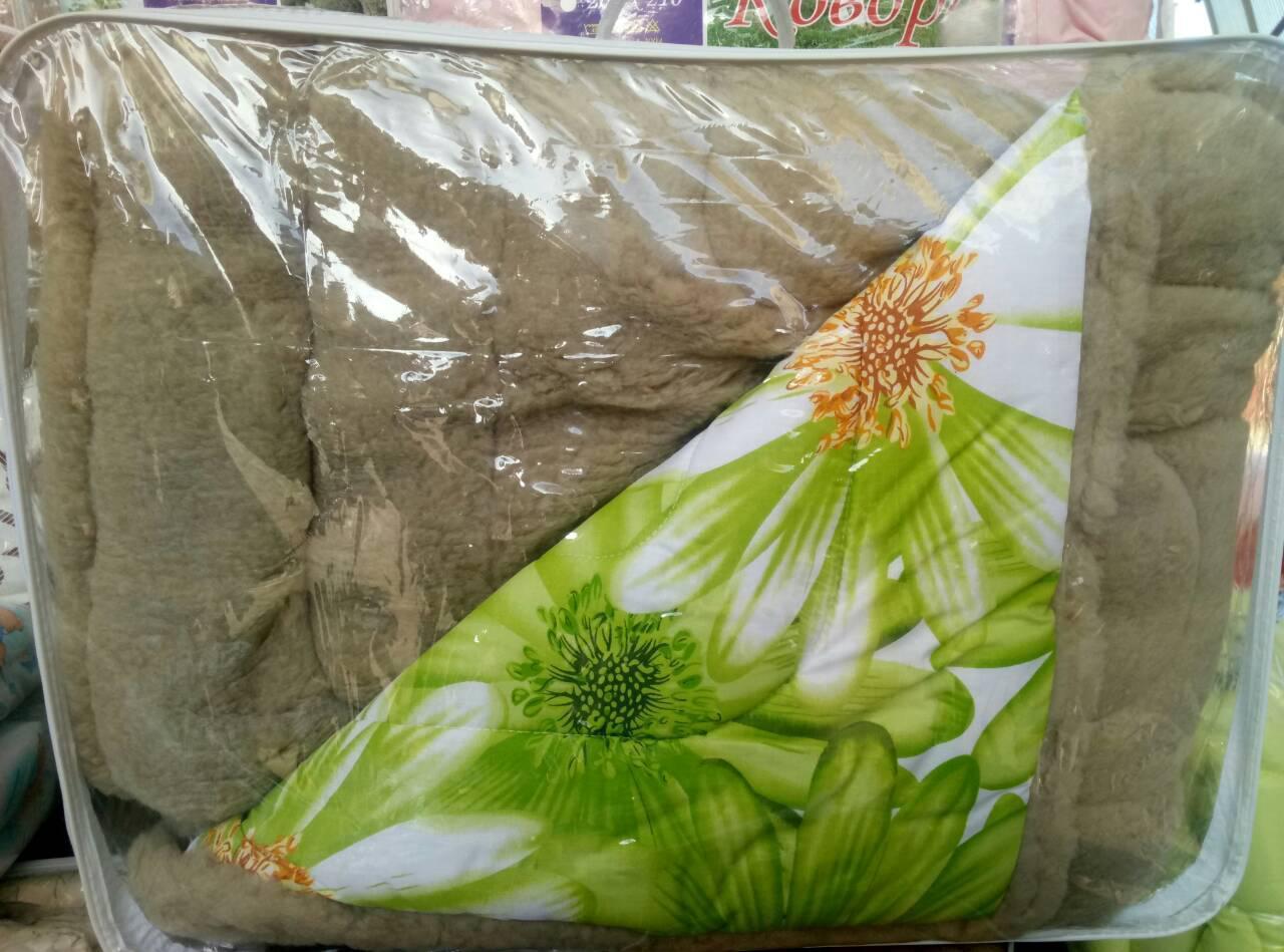 Теплое шерстяное одеяло двухспальное