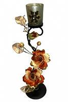 9060107 Подсвечник на 1 свечу с 2 - мя кремовыми розами и 1 буто