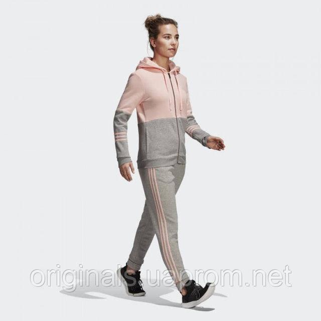 a4a400a2c89 Женские спортивные костюмы Адидас и Рибок в магазине Originals