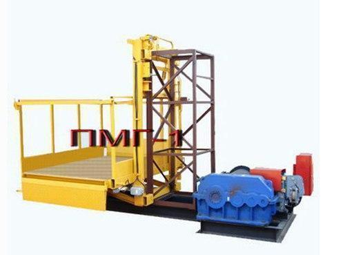 Строительный подъемник-подъёмники мачтовый секционный  г/п-1000 кг. с выкатным лотком. Высота подъёма, м 65
