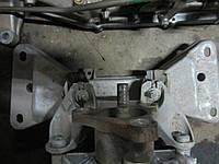 Лапа (кронштейн) КПП bmw f30