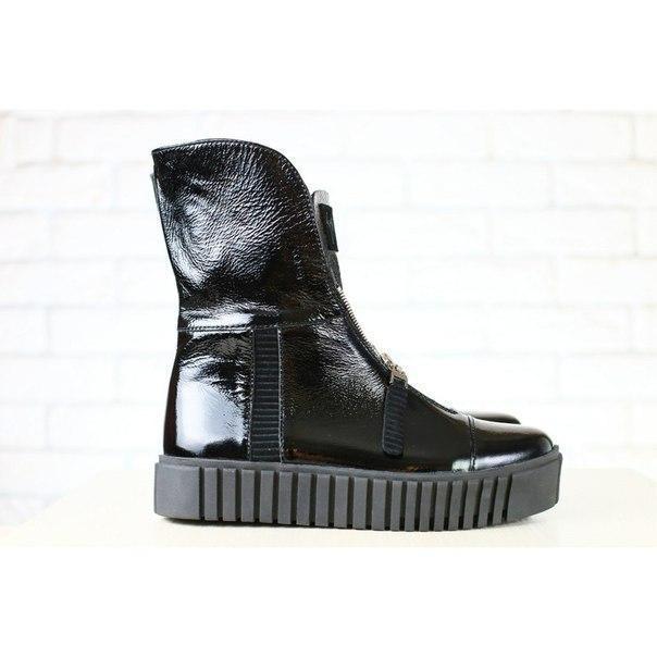 b86f8d971804 Женские демисезонные ботинки, черные, из натуральной лаковой кожи, с молнией