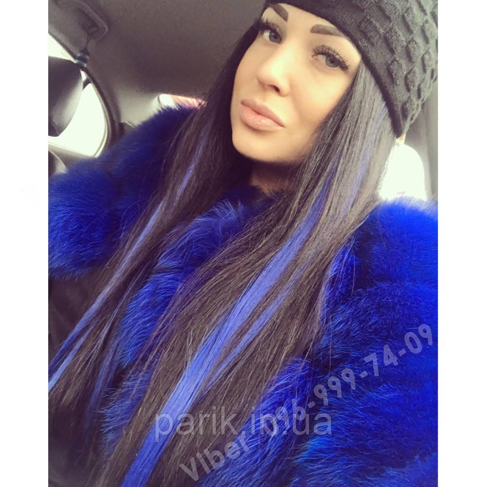 Модные синие прядки волос на заколках