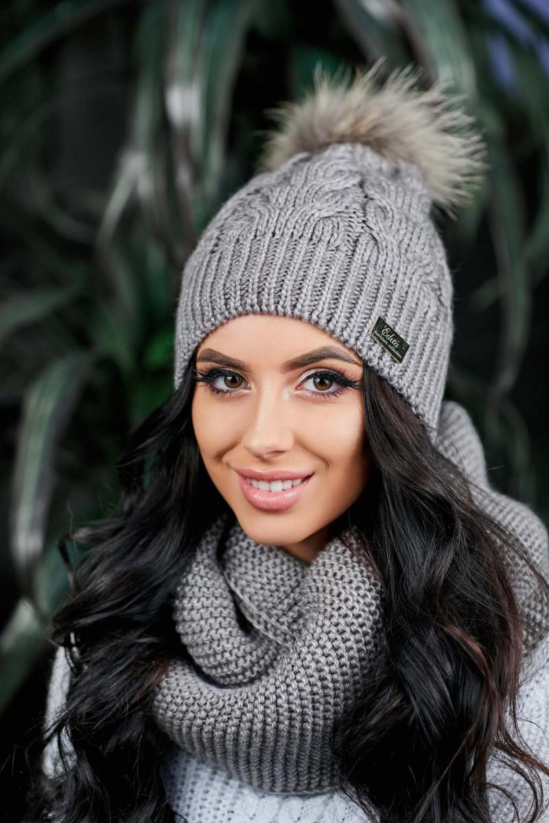 Женский теплый комплект шапка с помпоном и снуд 480685b7de457