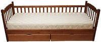 Детская односпальная кровать с бортиком Юниор-1 90х200, натуральное дерево сосна, цвет махонь