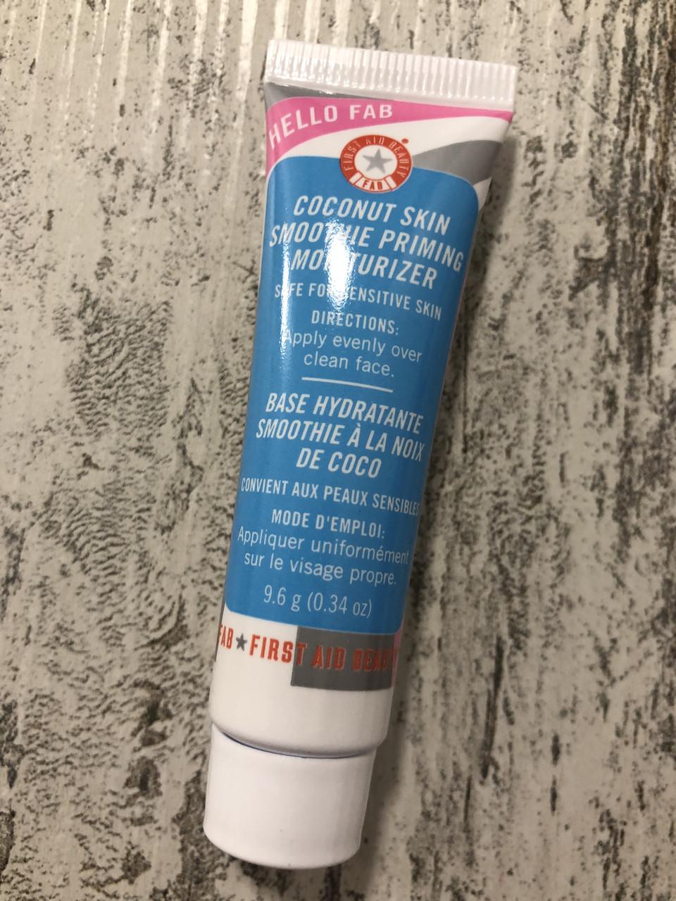 Увлажняющий крем для лица с кокосом First Aid Beauty Hello FAB