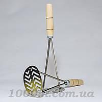 Толкушка овальная с деревянной ручкой