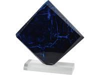 Награда «Лазурит» на постаменте