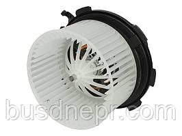 Моторчик печки MB Sprinter/VW Crafter 06- (-АС)