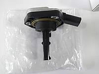 Датчик уровня масла в поддоне VW CADDY 04-, фото 1