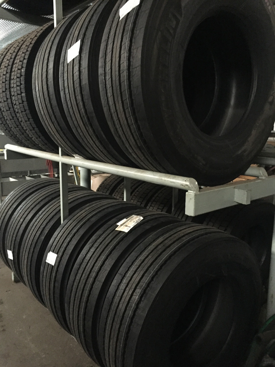 Шини 295/80, 315/70, 315/80, 385/65R22.5 Dunlop, Kormoran, Michelin