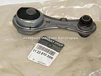 Подушка двигателя (задняя ) на Рено Лоджи 1,2TCE+1,6i+1,6 16V + 1.5dCi RENAULT (Оригинал) 112381035R