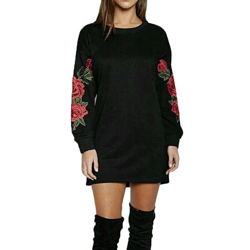 Подростковое платье с аппликацией Розы2