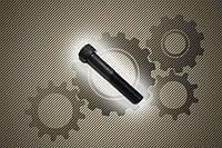 Винт М8 DIN 912 прочностью 12.9