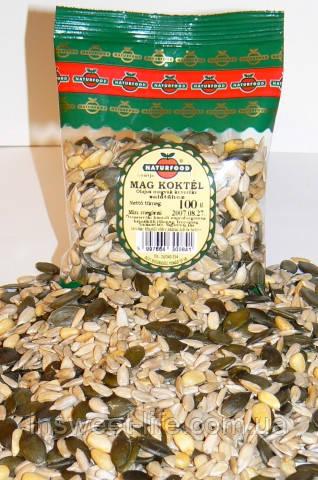 Смесь семян и орехов  1 кг/упаковка
