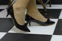 Туфли лаковые черные лодочки каблук 5 см код 5236