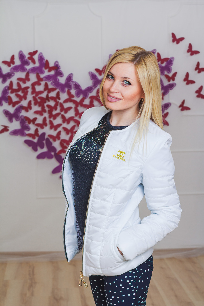 Курточка Женская ШАНЕЛЬ Белая — в Категории