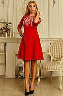 Платье с вышивкой крестиком красного цвета