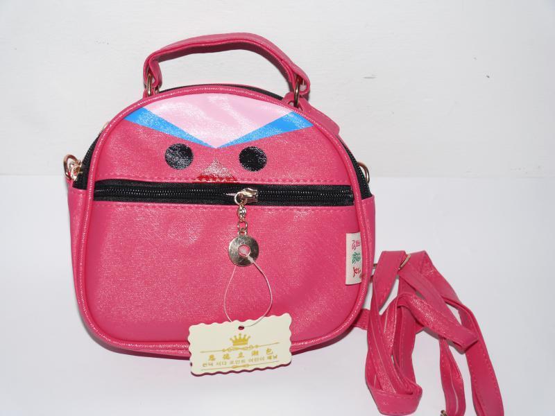 Детская сумочка малиновая