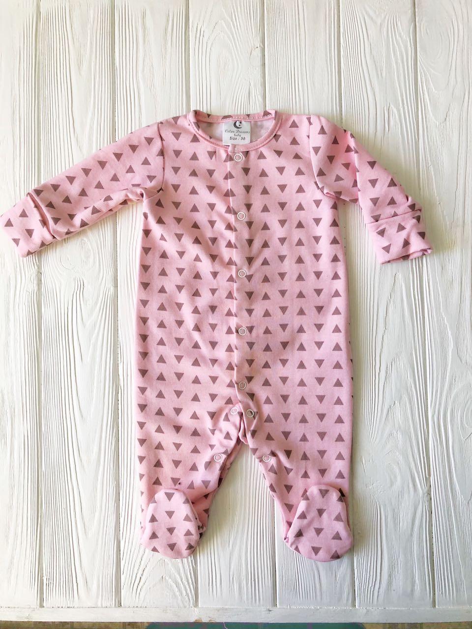 """Человечек для новорожденного на кнопках   """"Треугольник на розовом"""""""