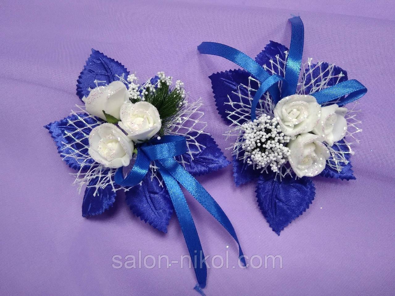Бутоньерка 3 розочки бархат синяя